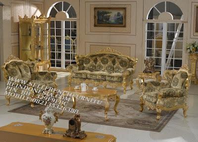sofa jati jepara furniture mebel ukir jati jepara jual sofa tamu set ukir sofa tamu klasik set sofa tamu jati jepara sofa tamu antik sofa jepara mebel jati ukiran jepara SFTM-55126 jual mebel jepara duco sofa cat duco emas