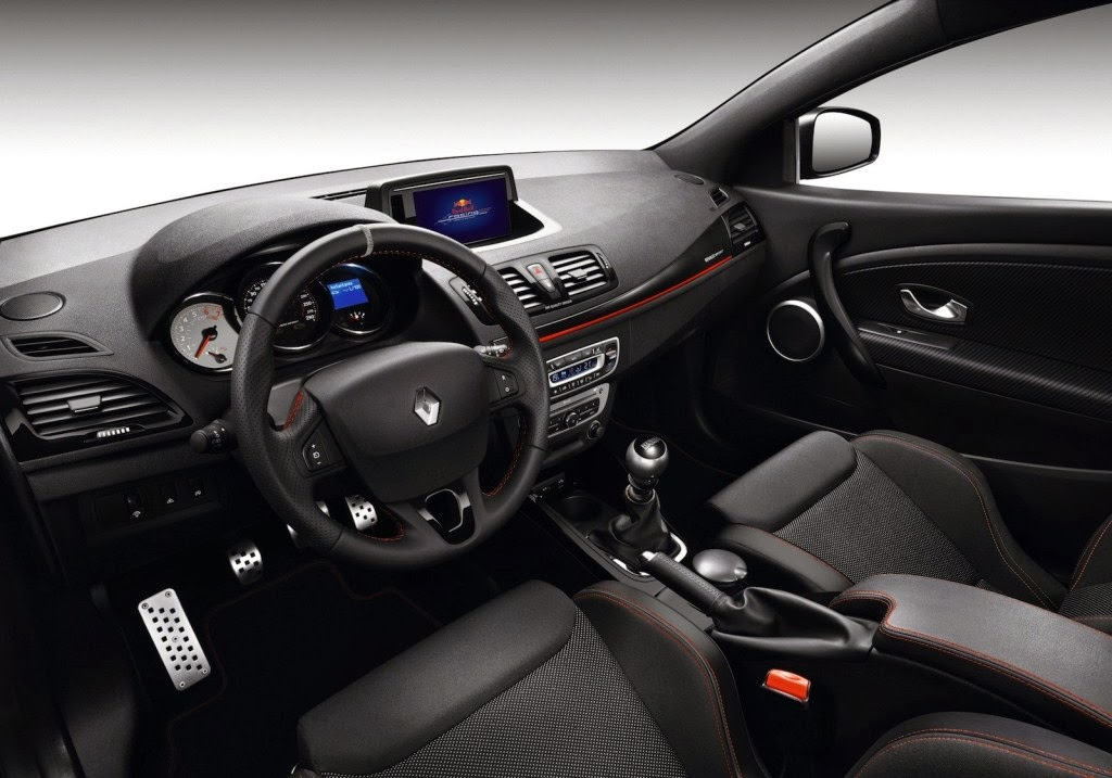 2014 renault megane suv wallpaper prices worldwide for cars bikes laptops etc. Black Bedroom Furniture Sets. Home Design Ideas