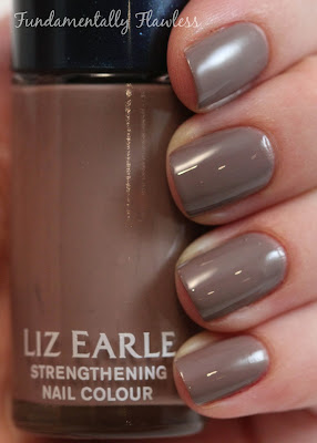 Liz Earle Strengthening Nail Colour Ebb Tide
