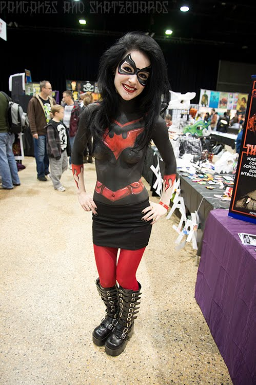 Pancakes and skateboards c4 central canada comic con 2012 for Comic con body paint
