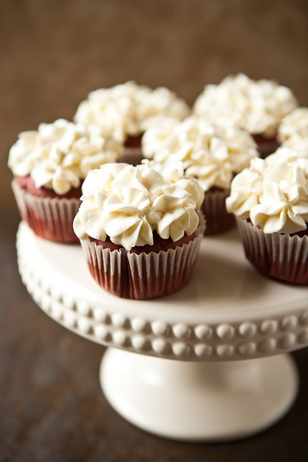 ... Rags* by Dori: Red Velvet Cupcakes - Cream Cheese Cool Whip Frosting