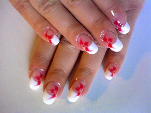 Red and white flower nail art