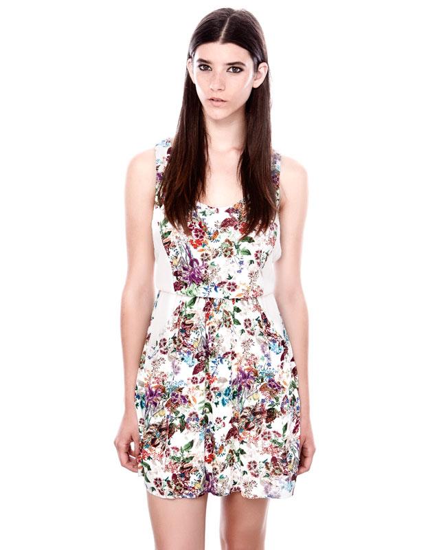 beyaz çiçek desenli askılı kısa elbise