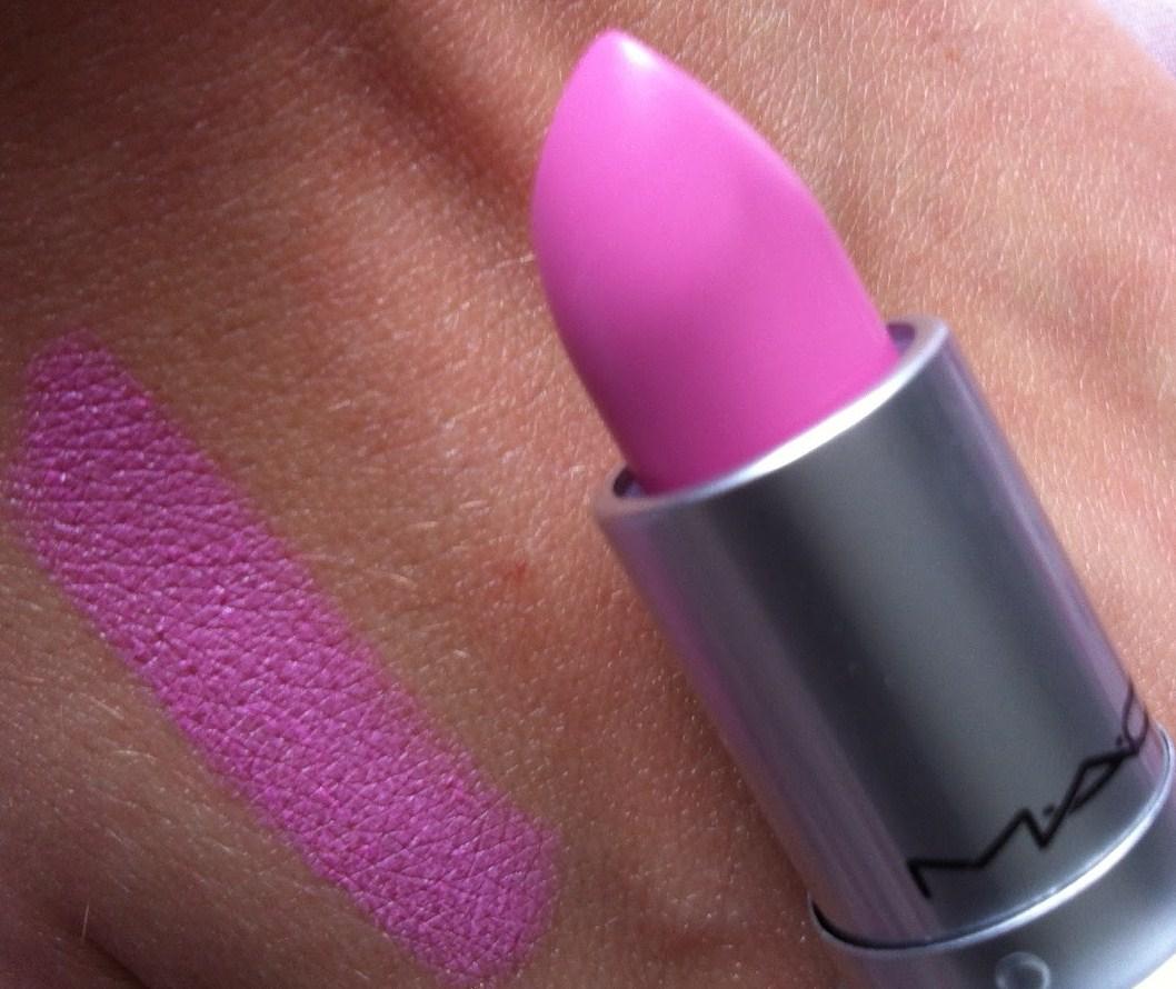 Très Les chroniques d'une bruxelloise: Le rouge à lèvres Nicki Minaj OJ84