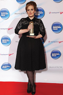 Look Adele 02