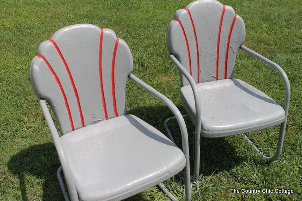 Spray Painting Metal Chairs With Krylondiy Krylon Diy