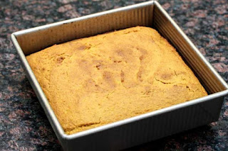 baked-cornbread-in-pan