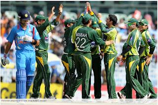 Virat-Kohli-India-v-Pakistan-1st-ODI-2012