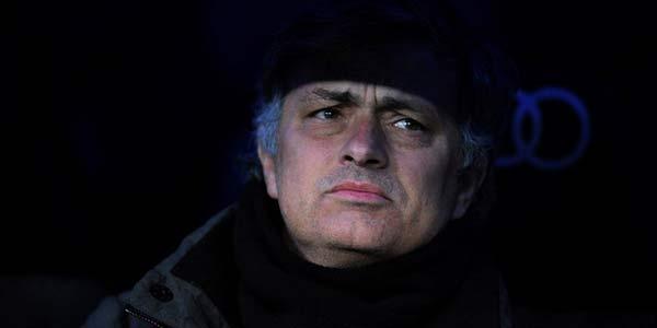 Mourinho Tak Butuh Trofi Liga Champions Lagi