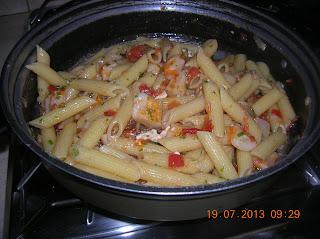 tortino di carote  - patate alla chitarra - filetti  di pangasio al latte di soia  - pennette  con polpa di granchio