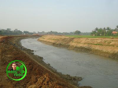 FOTO 2b - Sungai Ciasem sebelum dikeruk ... Lokasi di depan rumah Nenek admin