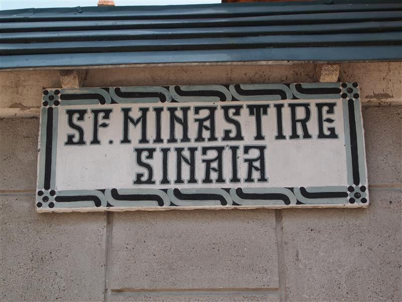 Entrada al Monasterio de Sinaia