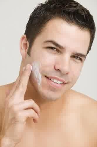 cream perawatan wajah kering untuk pria