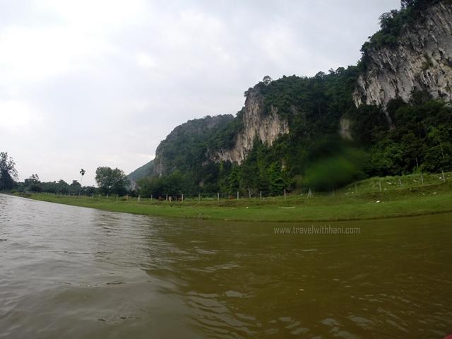 Kayak Baling