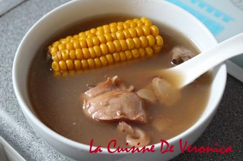 La Cuisine De Veronica 花旗參粟米煲響螺頭