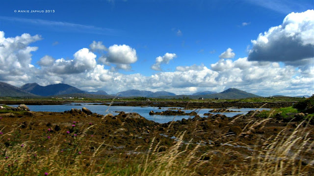 Roundstone, landscape, mountains, ocean © Annie Japaud Photography