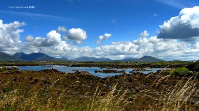 Roundstone, landscape, mountains, ocean © Annie Japaud Photography