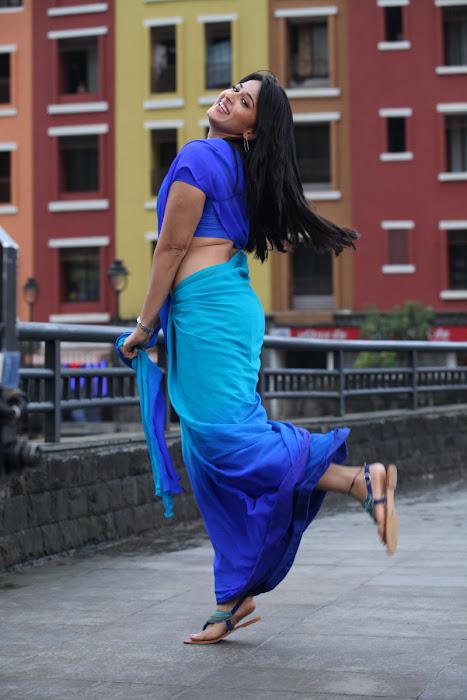 anushka new from mirchi hot photoshoot