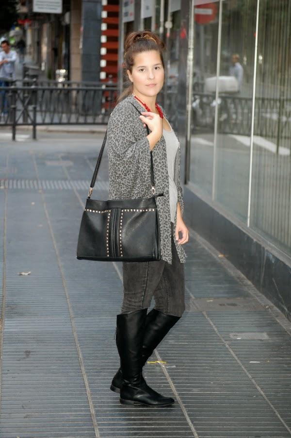 look_outfit_botas_altas_kimono_collar_granate_nudelolablog_01