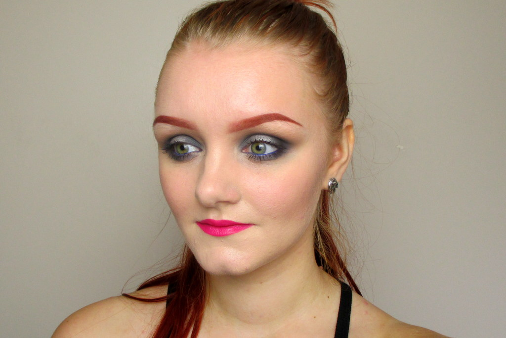 bright makeup tutorial for pale skin including lipstick