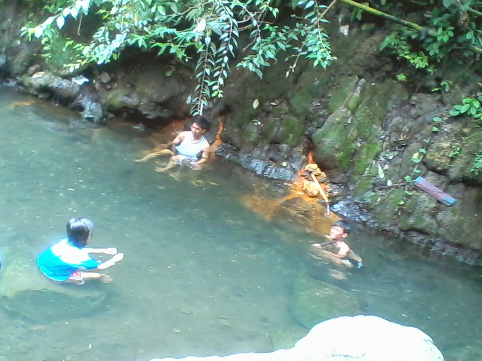Sungai Pemandian Air Panas Galunggung
