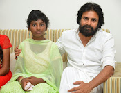 Pawan Kalyan meets Srija n family-thumbnail-2