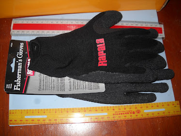 Rapala Fishing Glove Large Fish Handling NEW RM60
