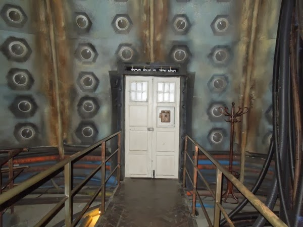 Doctor Who revival TARDIS door interior