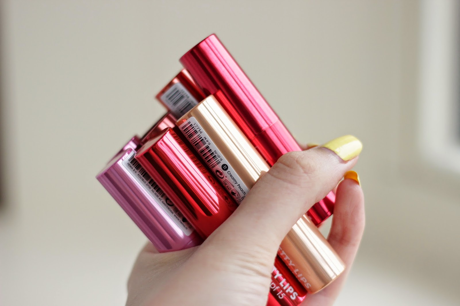 hema pretty lips lipgloss