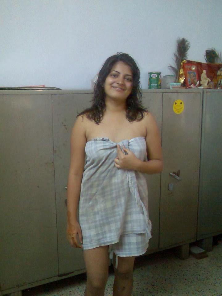 raveena indian escort spy camera