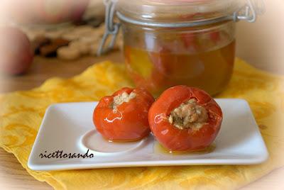 Peperoncini piccanti ripieni ricetta snacks