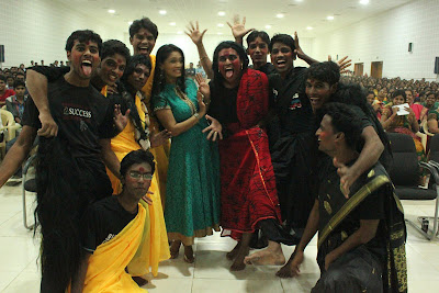 pooja in panimalar college cute stills