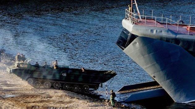 la-proxima-guerra-rusia-ejercicios-militares-desembarco-en-el-artico