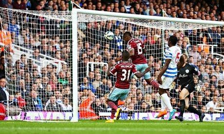 West Ham, líder a balón parado