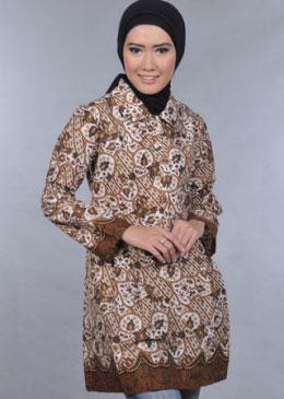 Nah itulah beberapa contoh Model Baju Batik Couple Pria Wanita Terbaru