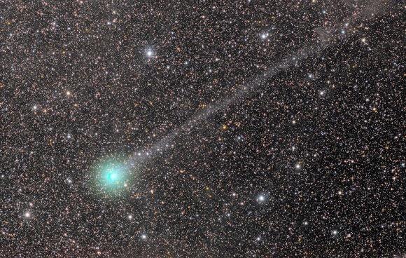 Rayakan Natal Bersama Komet Lovejoy
