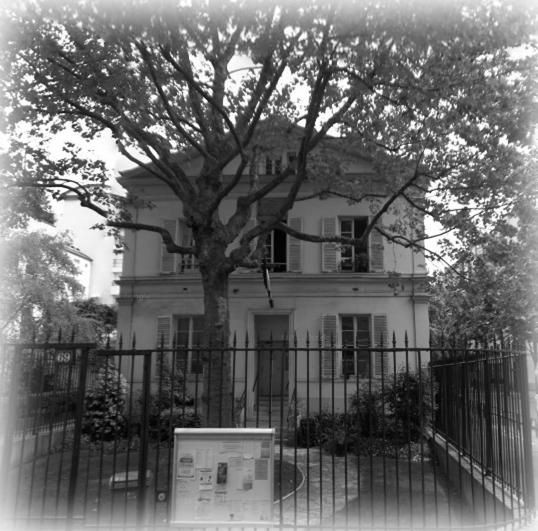 club d 39 checs rue violet paris 15 septembre 2012. Black Bedroom Furniture Sets. Home Design Ideas