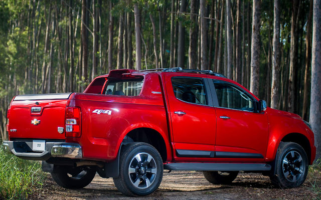 Chevrolet S-10 2016 High Country - vermelho Chilli