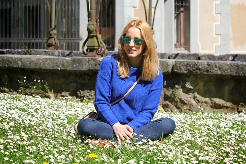 sportychic_outfit-carrera_sun_glasses-new_balance_sneakers-zara_pullover_and_bag-fashion_blogger_bilbao