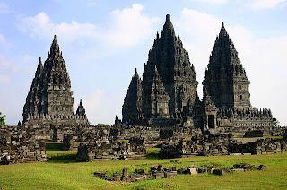 Candi+Prambanan 10 Kuil Hindu Paling Indah di Dunia