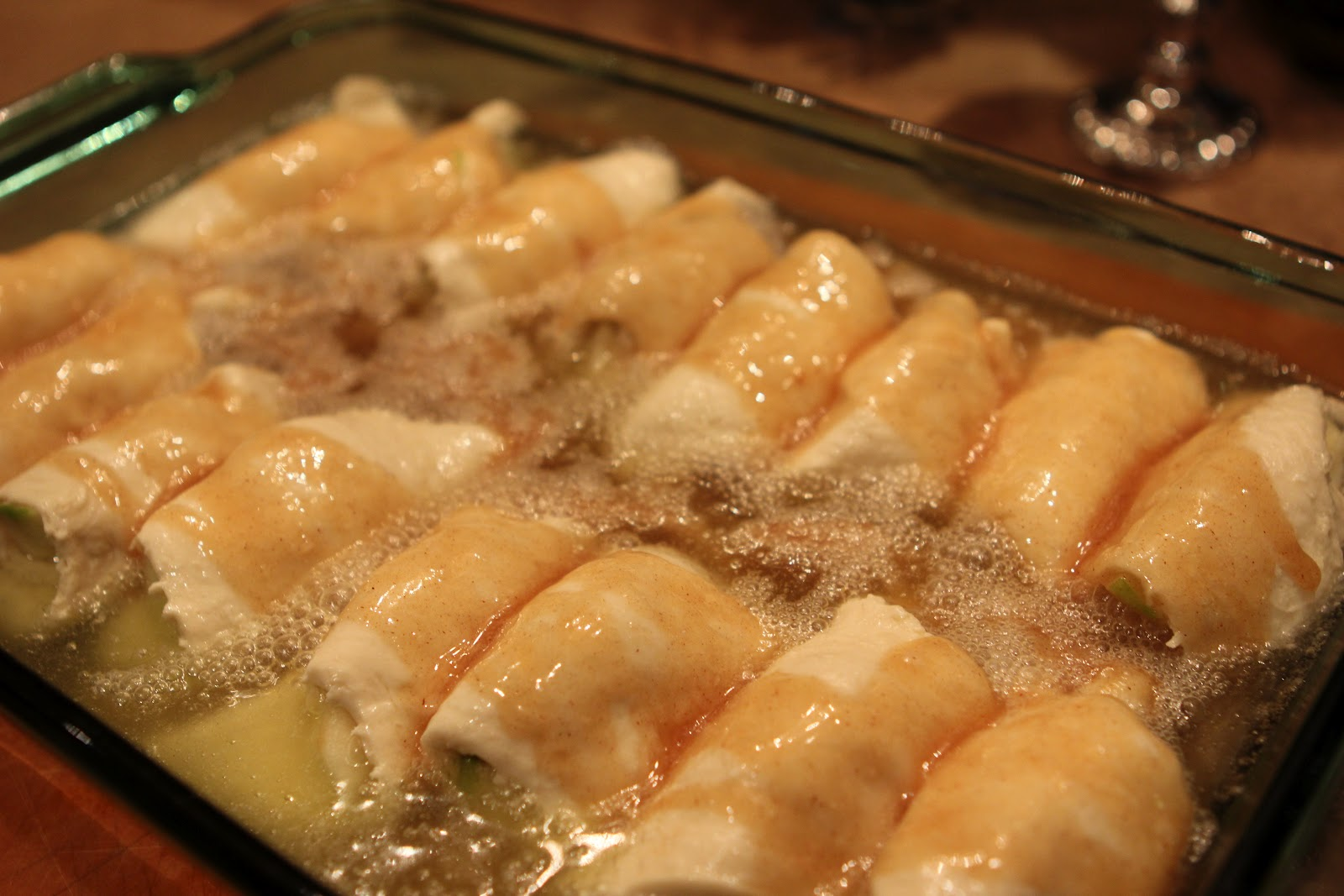 Romancing the Home: Country Apple Dumplings