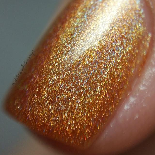 swatcher, polish-ranger | Glisten & Glow Peach Bellini macro