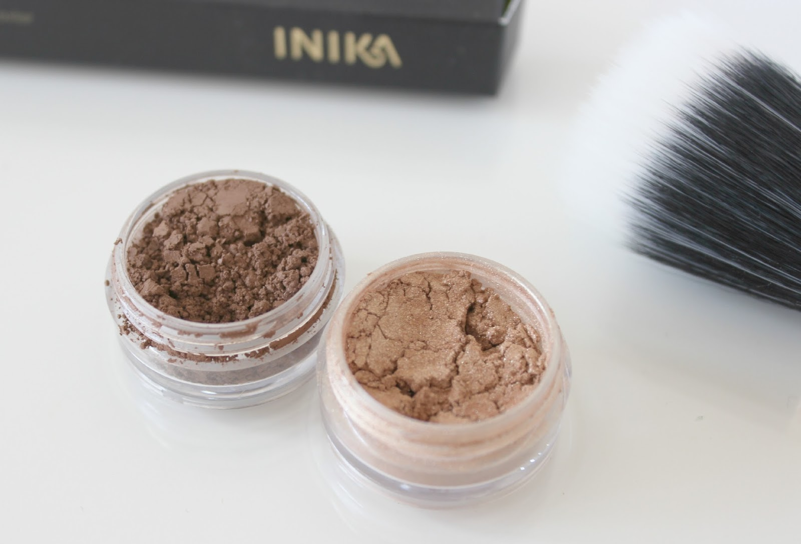 A picture of vegan friendly Beautiful Movements Cosmetics Beauty Eyeshadow in Dusty Road and Mississippi Mud