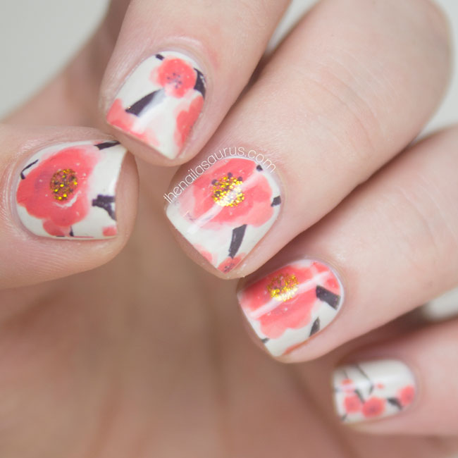 In Remembrance: Poppy Nail Art
