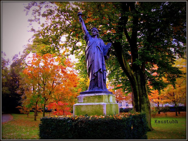 Statue Of Liberty Luxembourg Garden Paris Contents Of Life