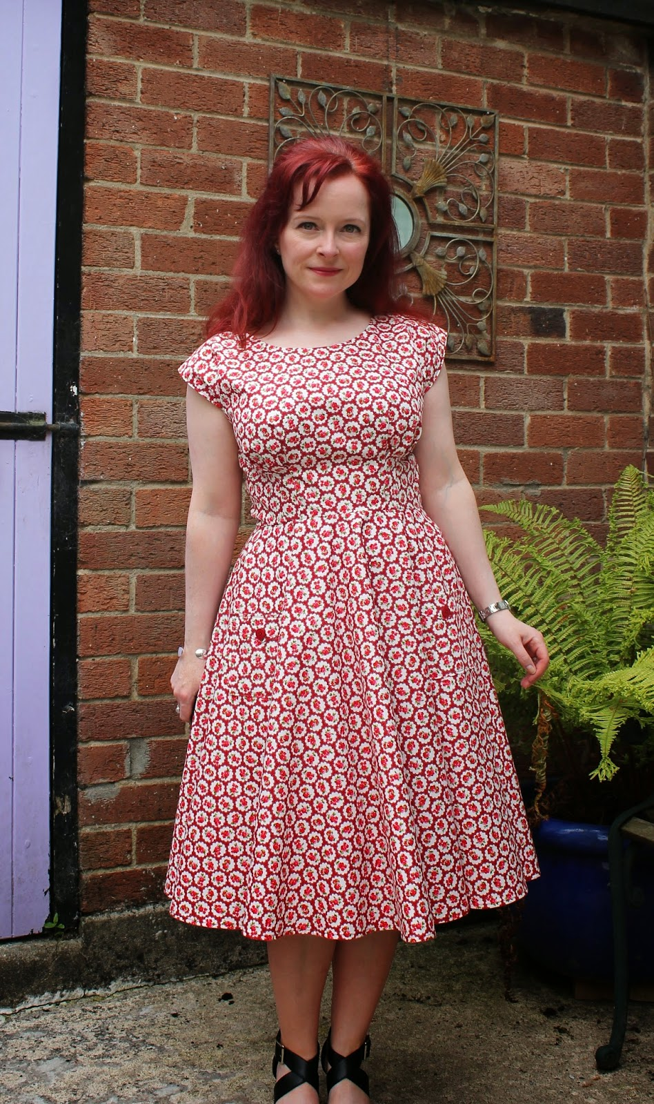 Ozzy blackbeard anna and the circle skirt the dress that nearly good grief this dress was a rollercoaster but a rollercoaster in a good way its hard to know where to start to tell the story bankloansurffo Image collections