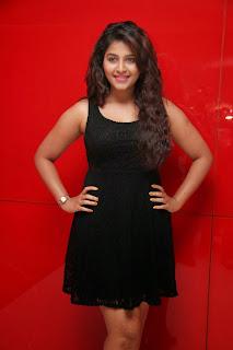 Anjali Tamil actress in black dress photos
