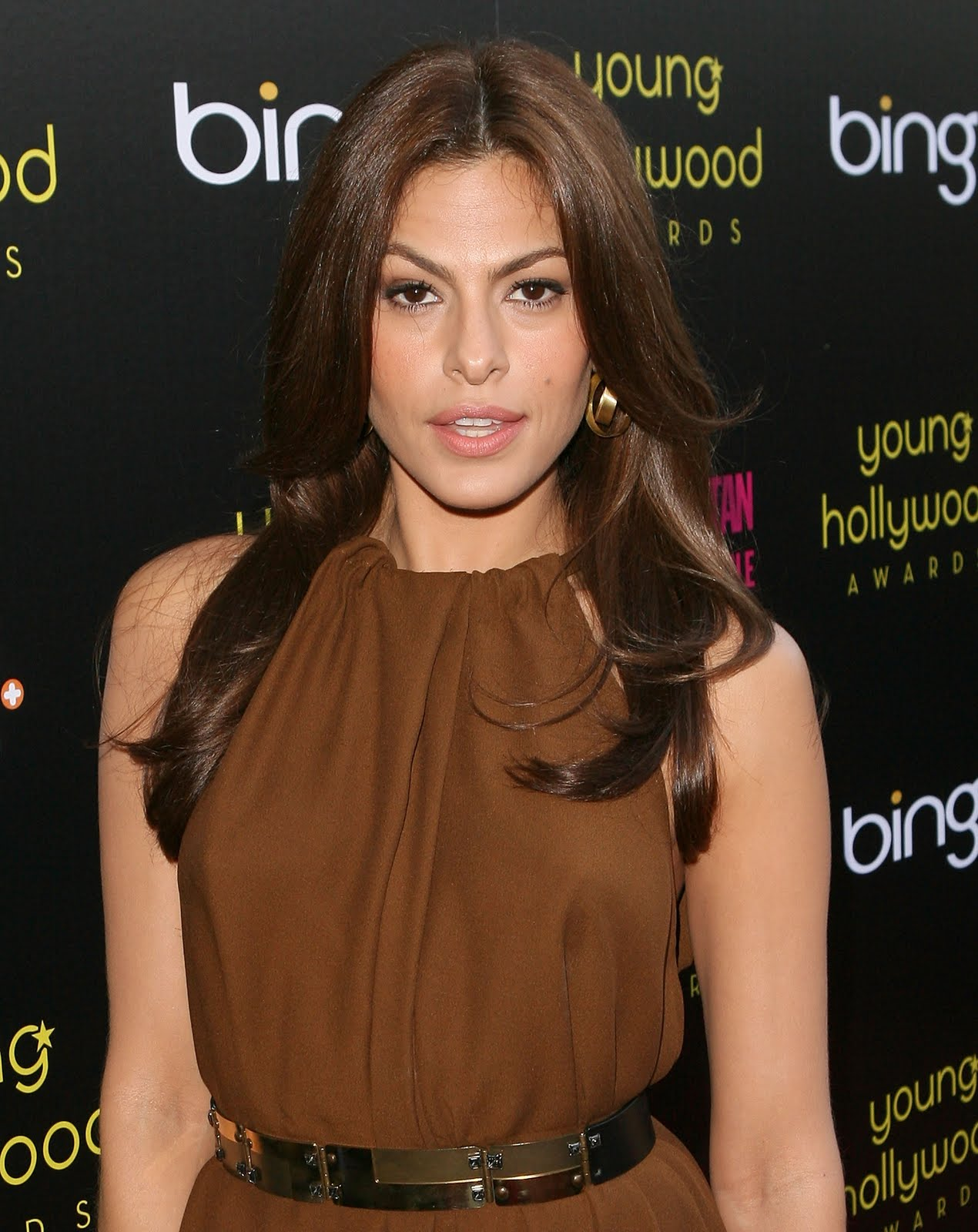 Hot and sexy eva mendes images at bing event
