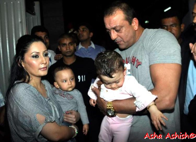Asha Ashish: Maanayata Dutt and Sanjay Dutt spotted with ...