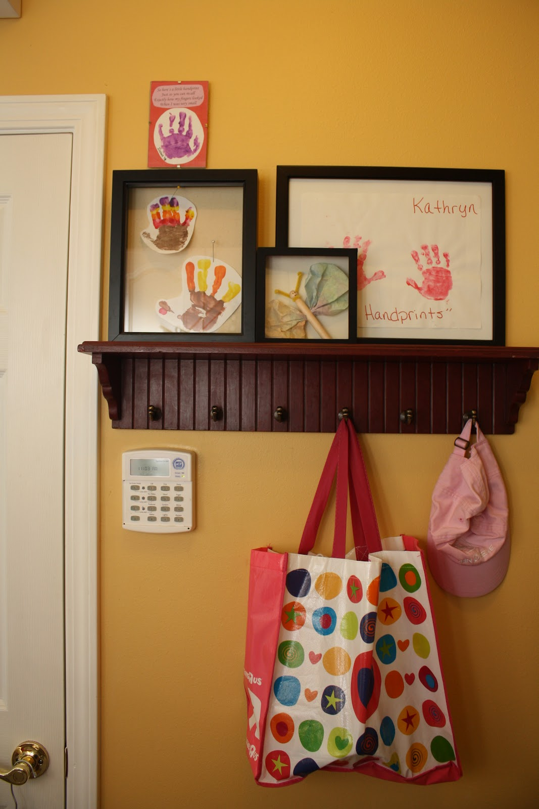 Bella Kate's: Laundry Room & Kids Art